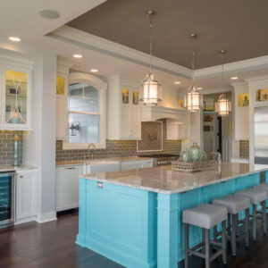 traditional kitchen bright islandweb
