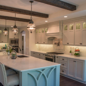 traditional kitchen with island detailweb