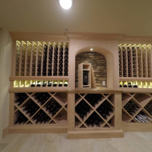 wine storage wall with stone backsplashweb